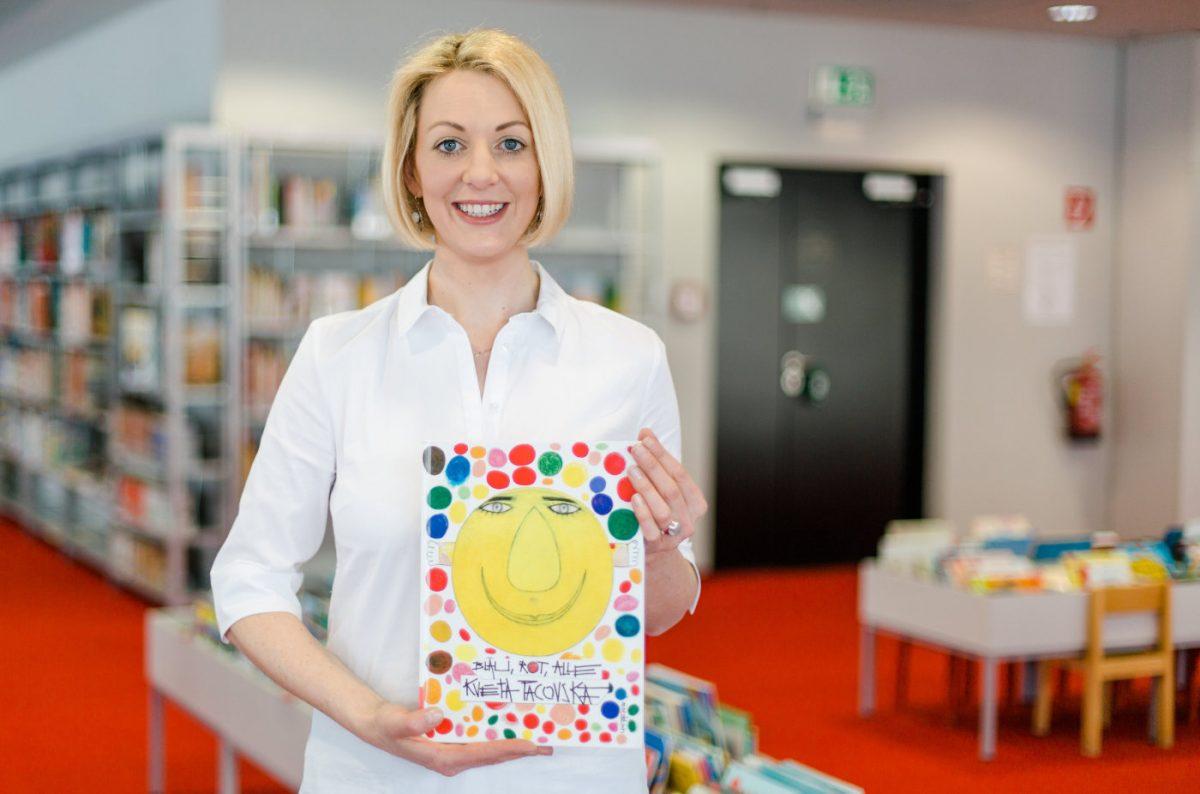 Kveta Pacovska: Blau, Rot, Alle. Ein Farbenspielbuch