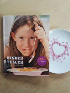Michael Koenig Kinderteller Leckere Kochrezepte fuer Kinder Buchempfehlung Buchtipp Kinder Kochen Lecker Kinderbuchblog Brigitte Wallinger