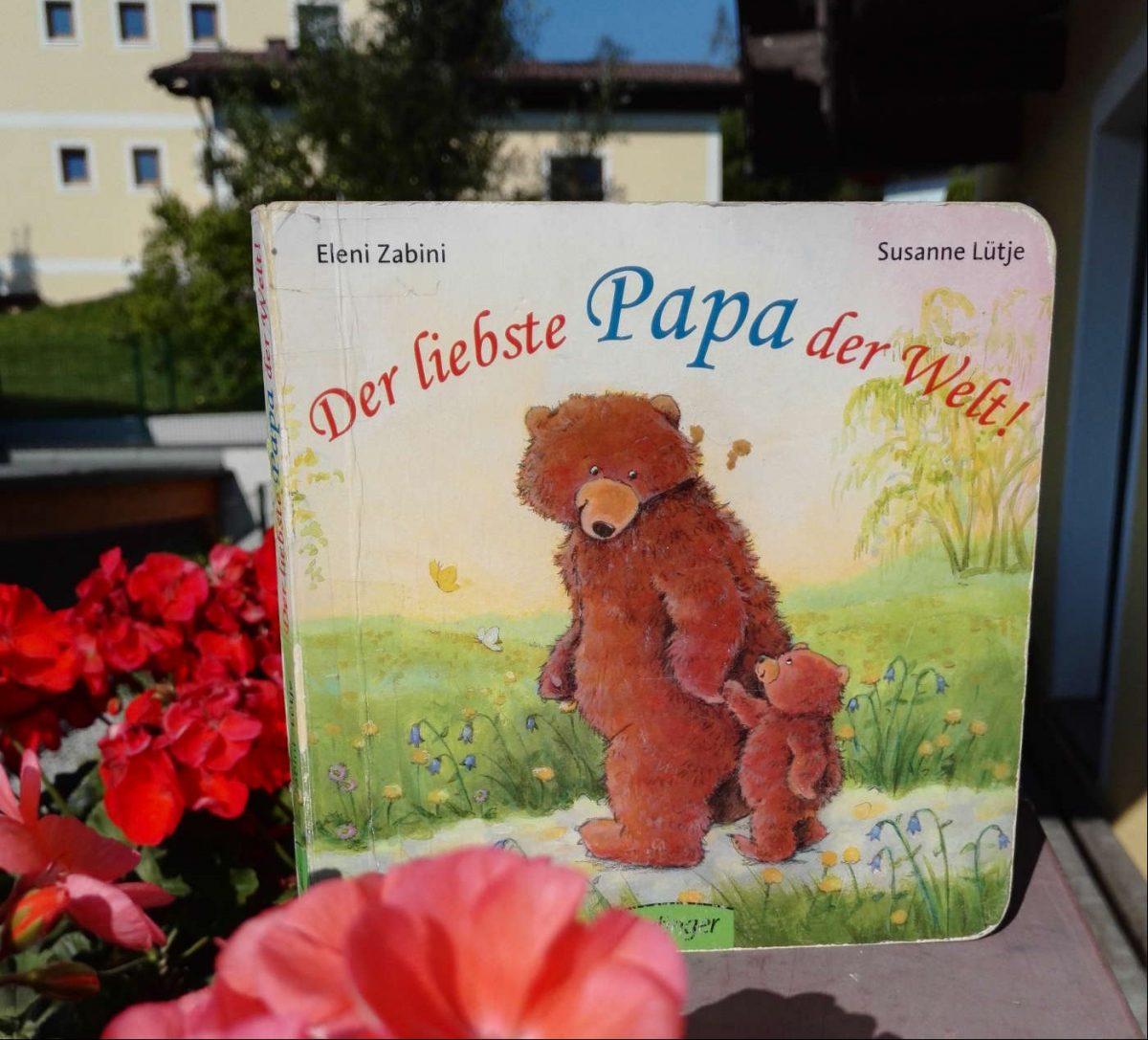 Eleni Zabini Susanne Lütje Der liebste Papa der Welt! Kinderbuchempfehlung Buchtipp Pappbuch Bilderbuch Kinderbuchblog Brigitte Wallinger Jugendbuchblog