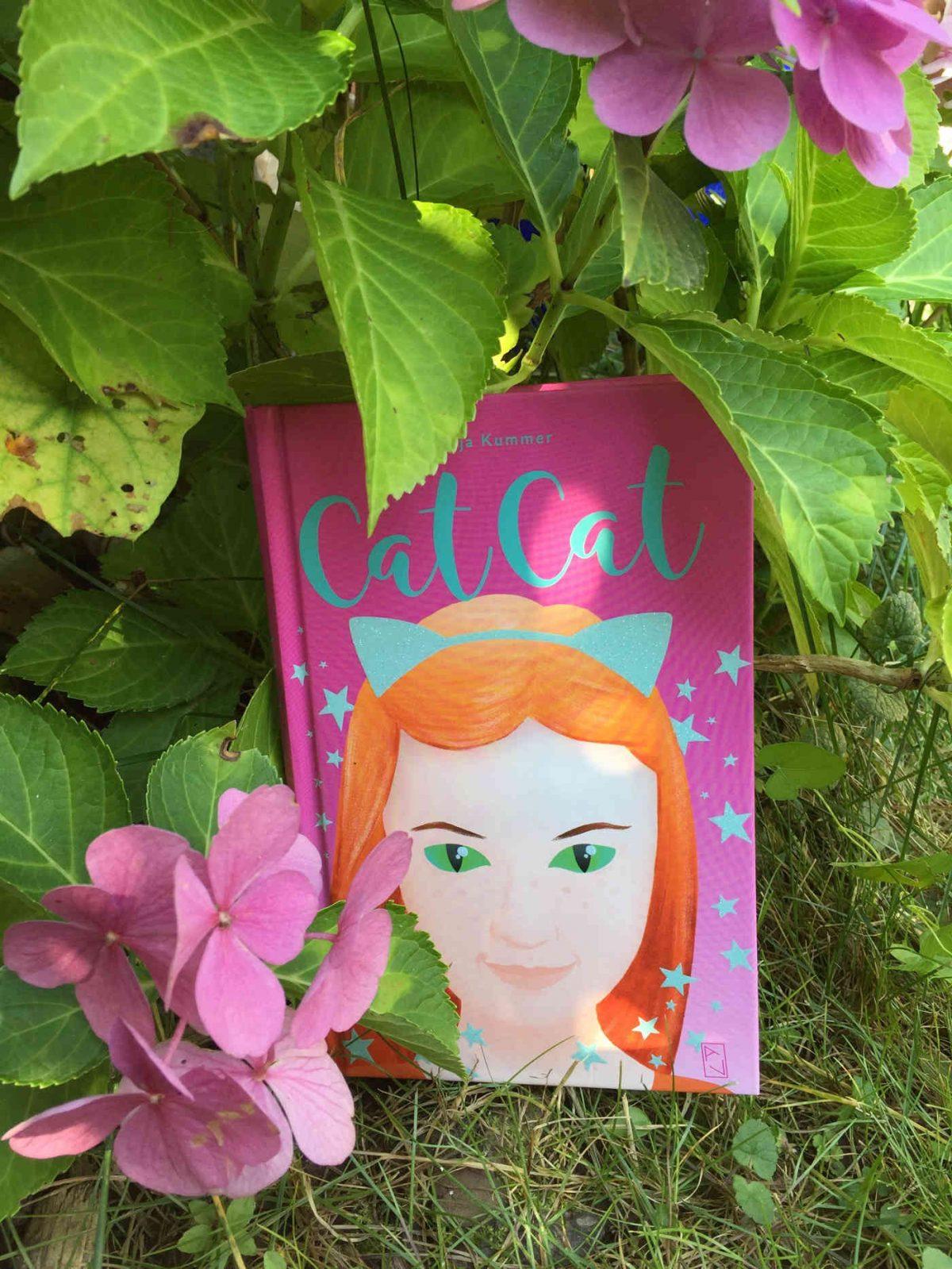 Tanja Kummer Cat Cat Buchempfehlung Brigitte Wallingers Kinderbuchblog Buchtipp Buchempfehlung tolles Kinderbuch Newcomer Schweiz
