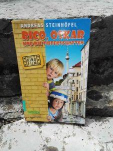 Andreas Steinhöfel Rico Oskar und die Tieferschatten Buchempfehlung Kinderbuchblog Brigitte Wallinger Feuer und Flamme für junge Literatur Buchtipp geniales Kinderbuch