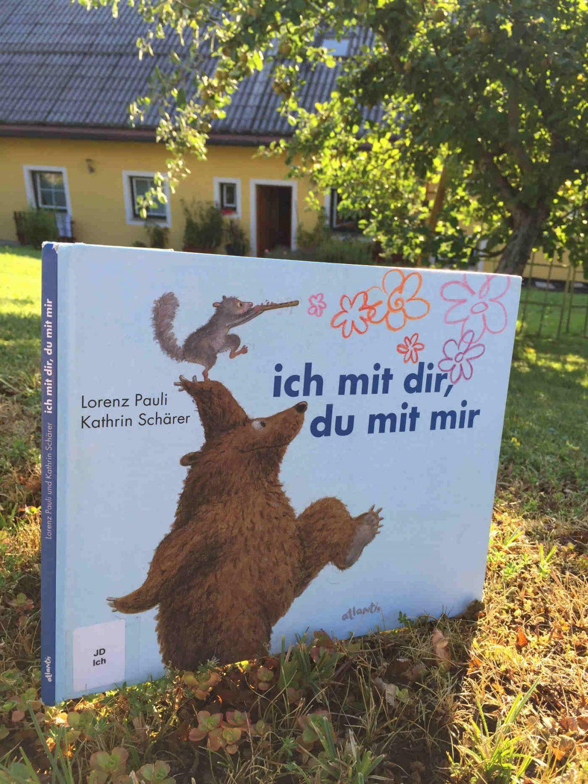 Lorenz Pauli Kathrin Schärer ich mit dir, du mit mir Buchempfehlung Kinderbuchblog Brigitte Wallinger geniales Bilderbuch Buchtipp