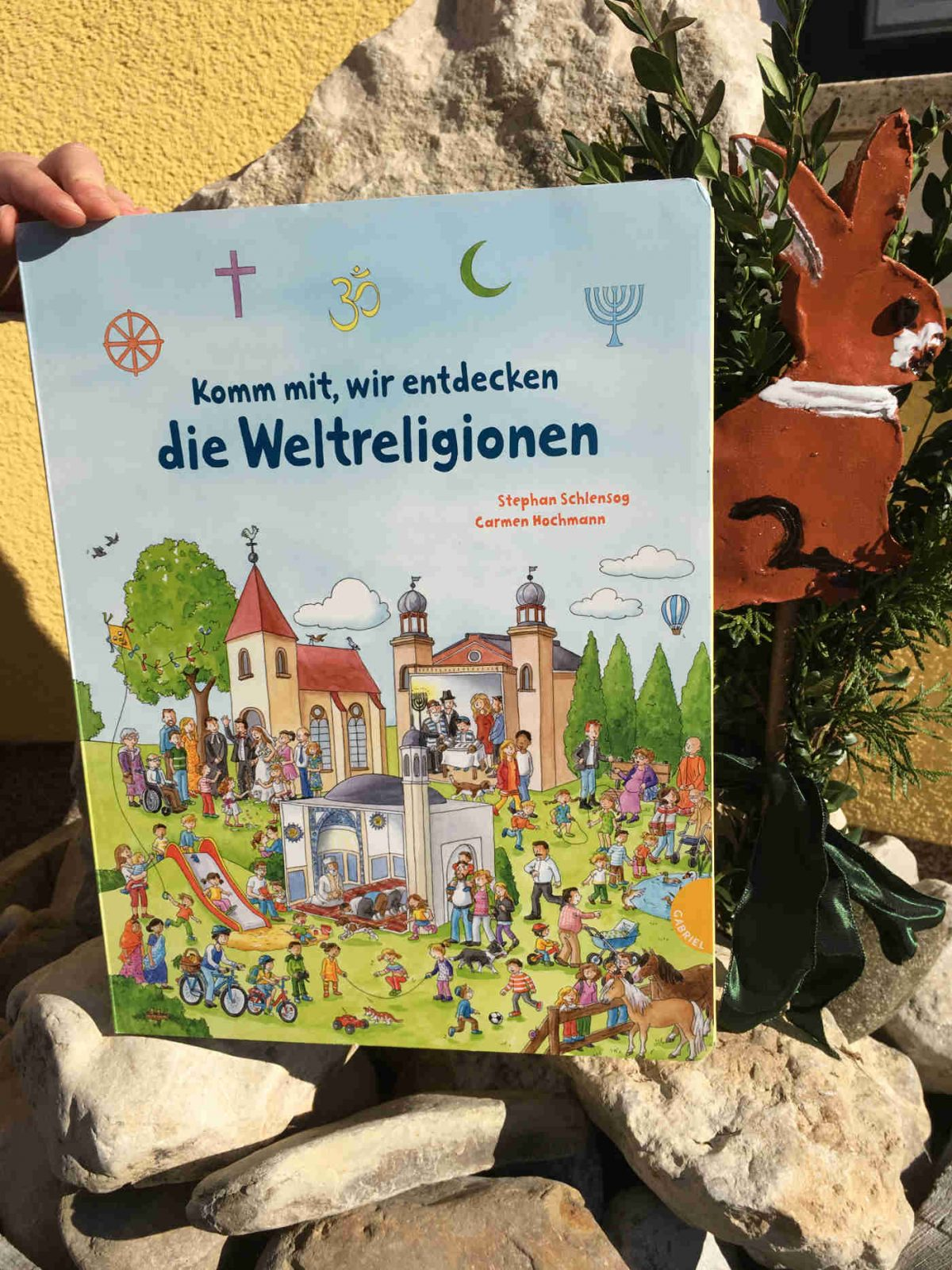 Stephan Schlensog und Carmen Hochmann: Komm mit, wir entdecken die Weltreligionen