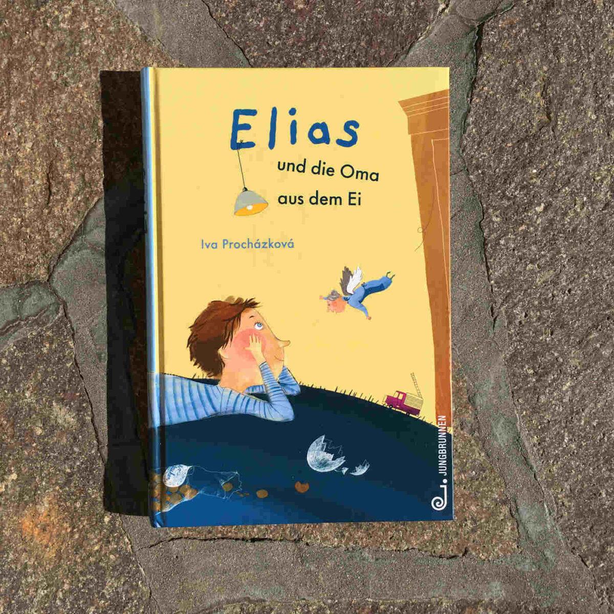 Elias Eltern haben wenig Zeit, dafür schlüpft eine Oma aus seinem Ei