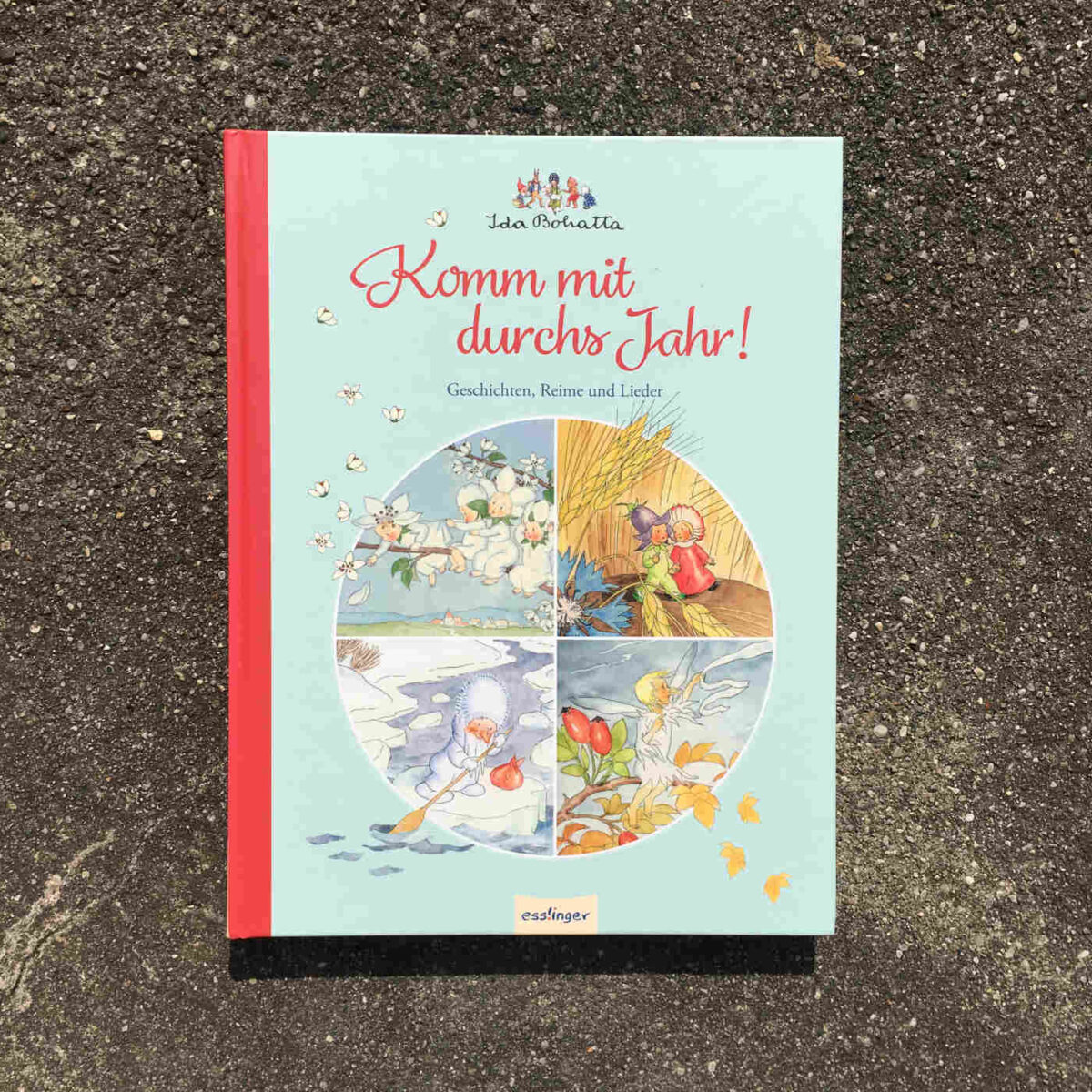 Mit bezaubernden Geschichten, Reimen, Illustrationen und Liedern durchs Jahr